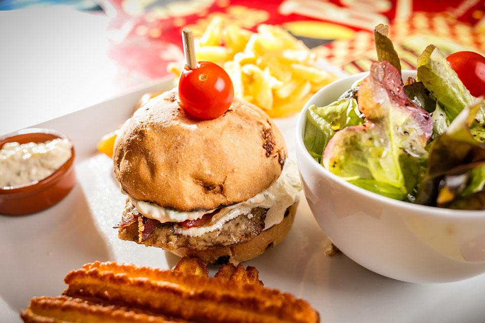 Burger maison sauce tartare